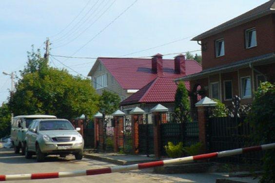 Разнообразие стилей загородного дома