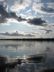 Озеро Волго. Рисунок облаков.