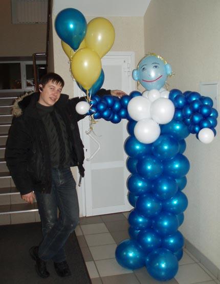 Анатолий Пиксаев – автор практического руководства «Аэродизайн. Все секреты бизнеса на воздушных шарах»