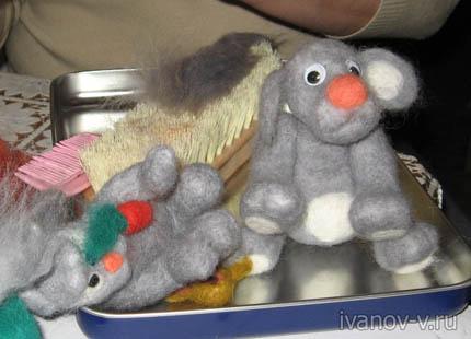 Валяные игрушки могут многих развеселить