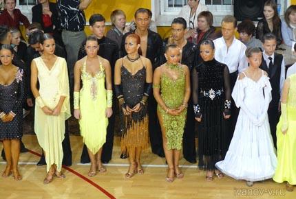 танцоры турнира по спортивным танцам в Твери