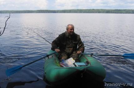 возвращение с рыбалки на озере Волго