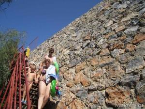 Отель Aska Buse Resort - лестница на пляж