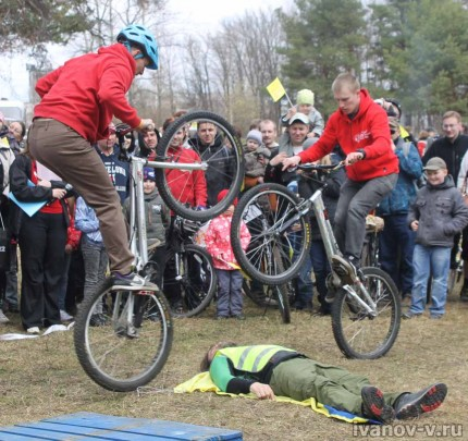 Открытие велосезона 2013, выступление спортсменов