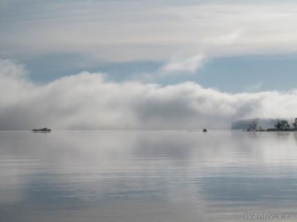 туман над озером Волго