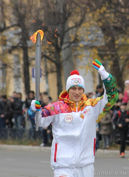 олимпийский огонь на улицах Твери