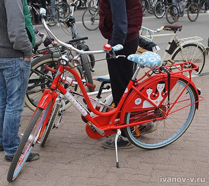 красивый женский велосипед