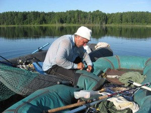 ремонт лодки на месте