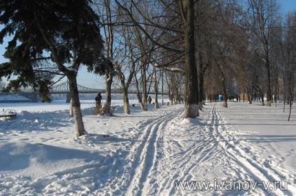 парк на набережной Афанасия Никитина