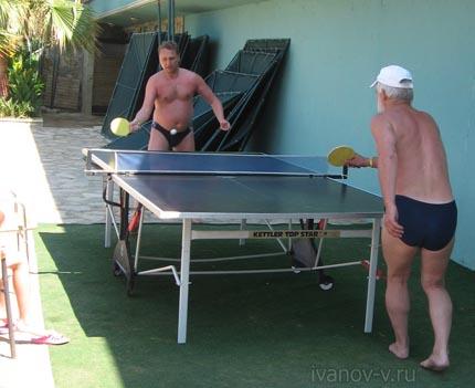 настольный теннис на пляже отеля Hotel Antik & Garden в Турции
