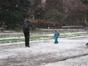 первый снег – это радость для детей и взрослых