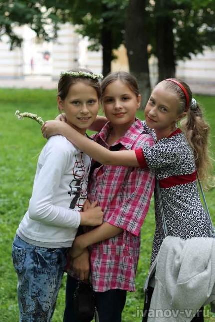 подружки - одноклассники