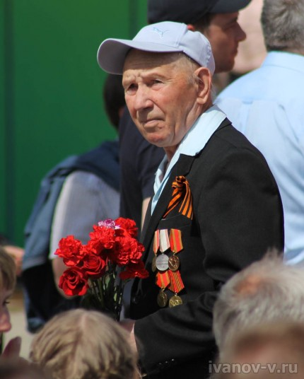 С Праздником Победы 9 мая