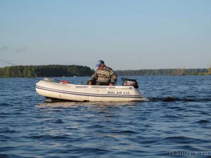 эхолот на озере Волго