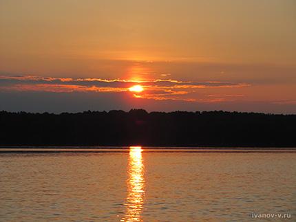 закат на Волго