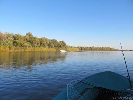 Рыбалка на Ахтубе осенью в октябре